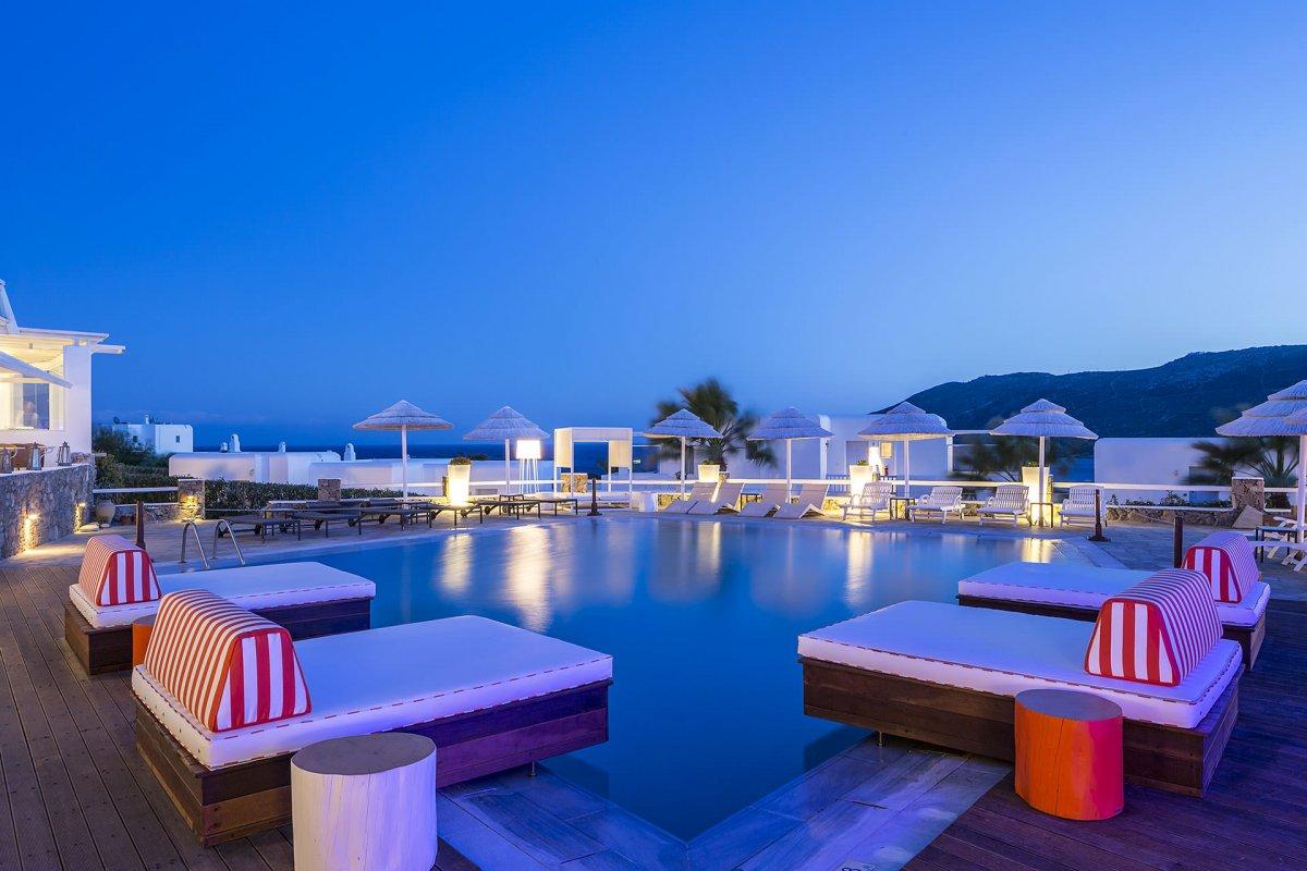 Αποτέλεσμα εικόνας για Condé Nast Traveller: 6 ελληνικά ξενοδοχεία στα κορυφαία του κόσμου το 2017