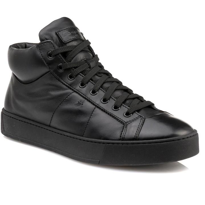 62557a751ea Made in Greece η Nak Shoes & ο Αργύρης Γεωργούδας: Το success story ...