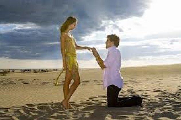b38185161c07 Επιλέξτε πιο στυλ πρότασης είναι ιδανικό για εσάς και τον σύντροφο σας.  Πρόταση και γάμος ταυτόχρονα