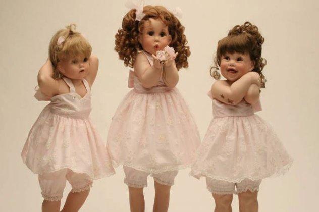 Made in Greece  Οι «αληθινές» πορσελάνινες κούκλες «Ερατώ ... 01b3f93b669