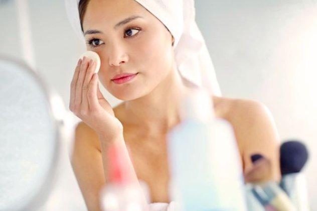 Η λίστα με τα βασικά μυστικά ομορφιάς για τέλεια επιδερμίδα και λαμπερό πρόσωπο! | eirinika.gr