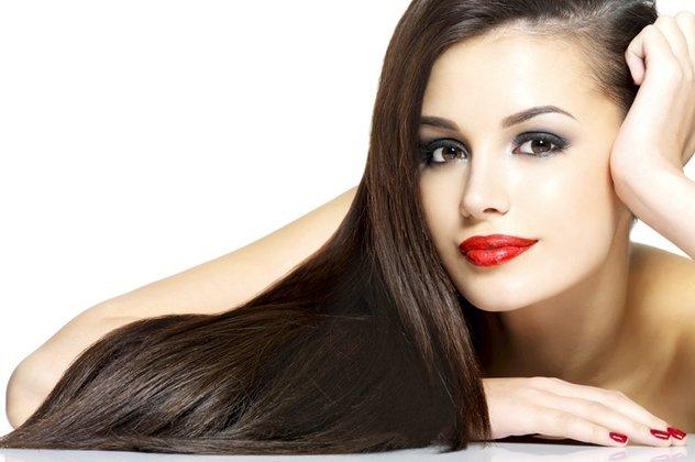 Τι είναι η θεραπεία κερατίνης και τι κάνει στα μαλλιά σας - Να πως ... 1db69a769ab