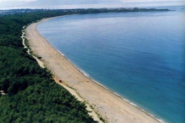795fc8e0aa Μονολίθι Πρέβεζας  Η πιο μεγάλη παραλία της Ευρώπης - Ιταλοί και Γερμανοί  στρατιώτες βομβάρδισαν με όλμους τον βράχο (ΦΩΤΟ   VIDEO)