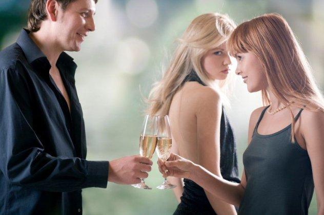 οικοδόμηση εμπιστοσύνης σε μια σχέση γνωριμιών