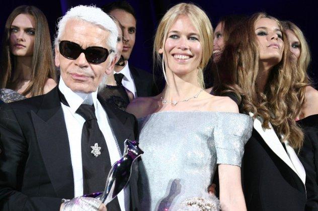 5d836b1323 Η επίσημη ανακοίνωση του οίκου Chanel και ο αποχαιρετισμός του Dior στον  Καρλ Λάγκερφελντ- Η Κλόντια Σίφερ δάκρυσε (φώτο)