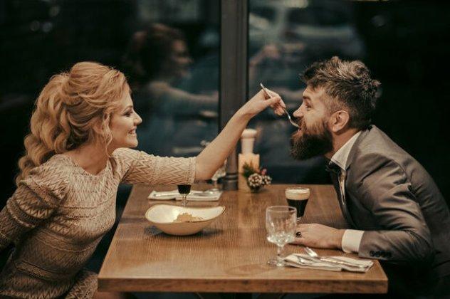 Τι να κάνετε αν έχετε ραντεβού με δύο παιδιά