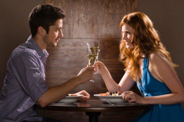 συμπεριφέρονται σαν ραντεβού, αλλά όχι CAL πολυ Πομόνη ιστοσελίδα γνωριμιών