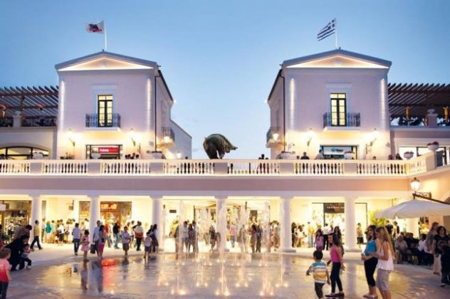 Φθηνές αγορές επώνυμων ρούχων στην Αθήνα - Όλα τα στοκατζίδικα με ... f1dc879477c