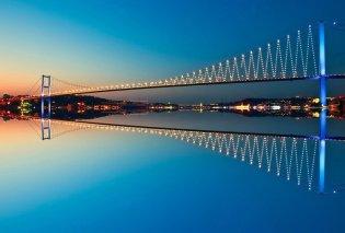 Λήξη συναγερμού στην Κωνσταντινούπολη: Το ύποπτο όχημα στην γέφυρα του Βοσπόρου είχε απλώς... μείνει από βενζίνη - Κυρίως Φωτογραφία - Gallery - Video