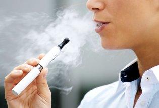 Καμπανάκι κινδύνου για τις γεύσεις στο ηλεκτρονικό τσιγάρο: Προκαλούν καρκίνο λένε οι ειδικοί - Κυρίως Φωτογραφία - Gallery - Video
