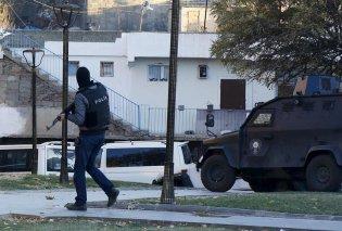 Νέος πανικός στην Κωνσταντινούπολη: Αναφορές για πυροβολισμούς σε τζαμί - Δύο τραυματίες - Κυρίως Φωτογραφία - Gallery - Video