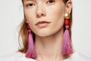 Τα σκουλαρίκια - κουρτίνα είναι ότι πιο μοντέρνο θα βάλετε φέτος στα αυτιά σας: από κλωστή, μετάξι ή πέτρες (ΦΩΤΟ) - Κυρίως Φωτογραφία - Gallery - Video