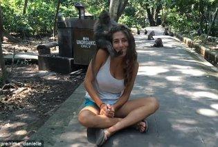 """Ξεκαρδιστικό βίντεο: Ζευγάρι ταξίδεψε στο Μπαλί & συνάντησε μια """"άτακτη μαϊμου"""" - Χούφτωνε την γυναίκα - Κυρίως Φωτογραφία - Gallery - Video"""