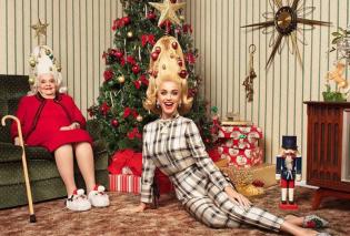 Φώτο: Η Κέιτι Πέρι με την γιαγιά της Αnn στο χριστουγεννιάτικο δέντρο   - Κυρίως Φωτογραφία - Gallery - Video