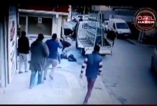 Βiντεο: Η στιγμή που ένας Εργάτης χάνει την ζωή του από το τζάμι που μετέφερε στην Κωνσταντινούπολη  - Κυρίως Φωτογραφία - Gallery - Video
