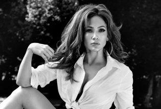 Jennifer Lopez: Πιο εντυπωσιακή από ποτέ φορώντας τα τζιν της! - Κυρίως Φωτογραφία - Gallery - Video