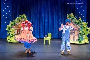 Το πιο αγαπημένο κορίτσι του παιδικού θεάτρου η Κάρμεν Ρουγγέρη θα κάνει περιοδεία το καλοκαίρι με  Χαίνσελ και Γκρέτελ - Δείτε που  - Κυρίως Φωτογραφία - Gallery - Video