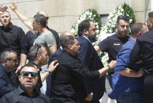 Ο Γιώργος Βαρδινογιάννης, ο Δημήτρης Μελισσανίδης κι ο Βαγγέλης Μαρινάκης έδωσαν το «παρών» στην κηδεία του Παύλου Γιαννακόπουλου - Κυρίως Φωτογραφία - Gallery - Video