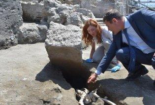 Απίστευτο εύρημα στην Πομπηία: Αποκαλύφθηκε σκελετός άνδρα που καταπλακώθηκε καθώς έτρεχε να ξεφύγει από τη λάβα (ΦΩΤΟ)   - Κυρίως Φωτογραφία - Gallery - Video