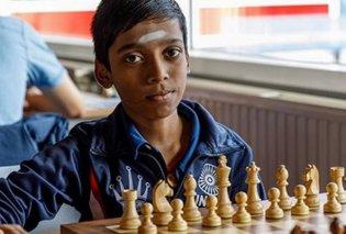 12 χρόνων είναι ο καλύτερος παίκτης σκάκι στον κόσμο - Παγκόσμιος πρωταθλητής κι ο νεότερος Διεθνής Γκραν Μετρ - Κυρίως Φωτογραφία - Gallery - Video