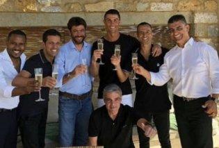 Στην Καλαμάτα έκλεισε το deal: Ο Κριστιάνο Ρονάλντο στη Γιουβέντους με 30 εκατ. ευρώ τον χρόνο - Έδωσε τα χέρια με Ανιέλι - Κυρίως Φωτογραφία - Gallery - Video