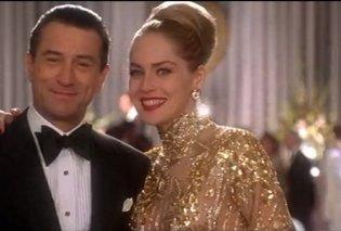 Ένα καυτό φιλί - η Σάρον Στόουν στον Ρόμπερτ Ντε Νίρο για τα γενέθλια του (φωτο βιντεο) - Κυρίως Φωτογραφία - Gallery - Video
