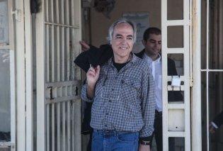 Δημήτρης Κουφοντίνας: Μεταφέρεται στις αγροτικές φυλακές του Βόλου - «Τον μετέφεραν μουλωχτά» λέει ο Μητσοτάκης - Κυρίως Φωτογραφία - Gallery - Video