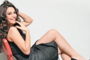 Δύο ωραίες της showbiz χωρίς σουτιέν κάνουν κάμπινγκ και περνούν καλά: Κατερίνα Παπουτσάκη και Κλέλια Ρένεση (Φωτό) - Κυρίως Φωτογραφία - Gallery - Video