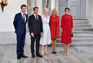 H Πριγκίπισσα Μαίρη της Δανίας υποδέχεται την Μπριζίτ Μακρόν - Στα κόκκινα κι οι δυο, η βασίλισσα σε παστέλ (Φωτό) - Κυρίως Φωτογραφία - Gallery - Video