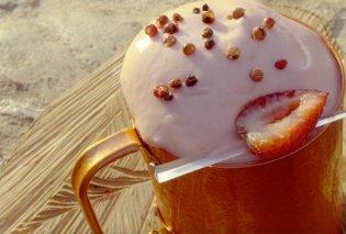 Το όνομά του Papa Julls! Tο τροπικό cocktail με γεύση καλοκαιρινών διακοπών κάνει θραύση - Κυρίως Φωτογραφία - Gallery - Video