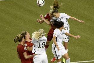 Έρευνα: Οι κεφαλιές στο ποδόσφαιρο είναι επικίνδυνες για τις γυναίκες - Κυρίως Φωτογραφία - Gallery - Video
