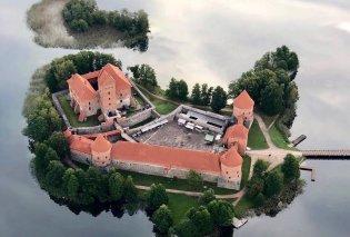 Ένα παραμυθένιο νησί για φωτογράφιση από ψηλά - Η Μαρίνα Βερνίκου στη Λιθουανία και ένα μαγικό κλικ - Κυρίως Φωτογραφία - Gallery - Video