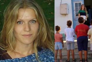 Τοpwoman η πανέμορφη δασκάλα: Πάει κάθε πρωί στην Τέλενδο με βαρκούλα και κάνει μάθημα στα παιδιά του δημοτικού - Κυρίως Φωτογραφία - Gallery - Video
