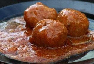 Ζουμερά και ακαταμάχητα: Κεφτεδάκια με κόκκινη σάλτσα από την Αργυρώ Μπαρμπαρίγου! - Κυρίως Φωτογραφία - Gallery - Video
