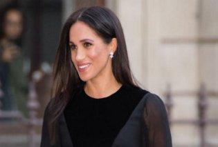 Η Μέγκαν με φουστάνι Givenchy 2.000 λιρών στην πρώτη σόλο βασιλική εμφάνιση - Ποιον άνδρα φίλησε (Φωτό) - Κυρίως Φωτογραφία - Gallery - Video