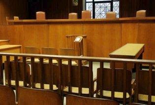 Ξεκίνησε και διακόπηκε η δίκη για την δολοφονία του Μ. Ζαφειρόπουλου - Κυρίως Φωτογραφία - Gallery - Video