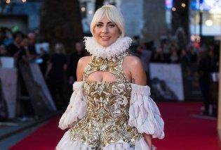 Εντυπωσιακή εμφάνιση από την απαστράπτουσα Lada Gaga στο κόκκινο χαλί για την ταινία που πρωταγωνιστεί (Φωτό) - Κυρίως Φωτογραφία - Gallery - Video