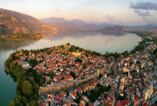 Ιωάννινα: Η πόλη με τα πολλά αξιοθέατα και τα μουσεία προσφέρει την αίσθηση μιας άλλης εποχής (Βίντεο) - Κυρίως Φωτογραφία - Gallery - Video