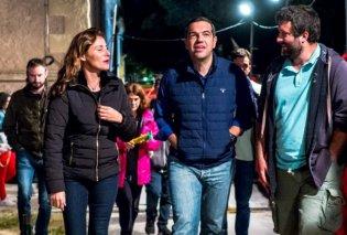Με μπουφάν και τζιν παντελόνια: Μπέτυ και Αλέξης Τσίπρας έκαναν βραδινή βόλτα στο Φεστιβάλ Σπούτνικ (Φωτό) - Κυρίως Φωτογραφία - Gallery - Video