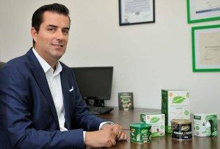 Αποκλ. – Made in Greece η Isostevia & ο Αντώνης Παναγώτας: Φυτικά προϊόντα στέβιας από ένα οικογενειακό εργοστάσιο στη Λιβαδειά – Τα μοναδικά βραβευμένα με 3 χρυσά αστέρια γεύσης  - Κυρίως Φωτογραφία - Gallery - Video