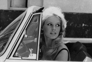 Brigitte Bardot: Η αξεπέραστη φωτογραφία της με νυφικό στην ταινία ''And God Created Woman'' (1956) (φωτό & βίντεο) - Κυρίως Φωτογραφία - Gallery - Video