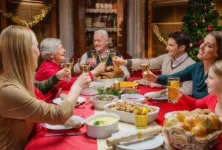 Απίστευτο: Πεθερά χρεώνει 17 δολάρια το άτομο για το γιορτινό τραπέζι - Κυρίως Φωτογραφία - Gallery - Video