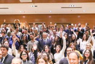 Χρήστος Μεγάλου: Η Ελλάδα προσφέρει στους νέους ευκαιρίες προόδου   - Κυρίως Φωτογραφία - Gallery - Video