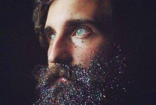 Χριστούγεννα 2018: Οι άνδρες καλύπτουν τις γενειάδες τους με glitter ακριβώς την κατάλληλη στιγμή! Φώτο  - Κυρίως Φωτογραφία - Gallery - Video