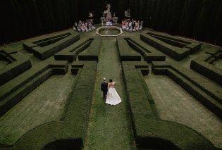 Oι καλύτερες φωτογραφίες γάμων το 2018 -  Μέσα σε λαβύρινθο και μπροστά απο  εντυπωσιακό καταρράκτη - Κυρίως Φωτογραφία - Gallery - Video