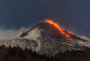 Άγρια ομορφιά της φύσης: Μοναδικό κλικ από  βουνό της Ιταλίας  - Τυλίγεται στην λάβα  μετά από έκρηξη ηφαιστείου - Κυρίως Φωτογραφία - Gallery - Video
