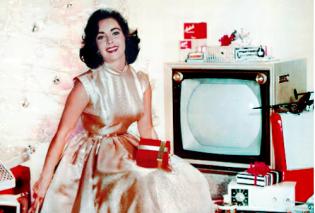 Η Σοφία Λόρεν έβαλε ένα πράσινο φουστάνι & η Λιζ Τέιλορ λευκή τουαλέτα και τα vintage Χριστούγεννα είναι λαμπερά       - Κυρίως Φωτογραφία - Gallery - Video