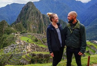 Αυτό κι αν είναι ταξίδι του μέλιτος - Νιόπαντρο ζευγάρι πούλησε όλα του τα υπάρχοντα για να ταξιδέψει σε 20 διαφορετικές χώρες - Κυρίως Φωτογραφία - Gallery - Video