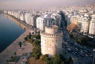 Θεσσαλονίκη: 59χρονος καταπλακώθηκε και πέθανε από φοίνικα στην αυλή του σπιτιού - Τραυματίστηκε η σύζυγός του - Κυρίως Φωτογραφία - Gallery - Video