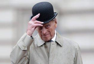 «Τα πόδια μου», ούρλιαζε ο πρίγκιπας Φίλιππος καθώς τον έβγαζαν γεμάτο αίματα από το τουμπαρισμένο τζιπ (φωτό) - Κυρίως Φωτογραφία - Gallery - Video